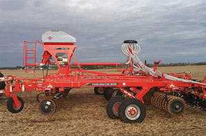 Kuhn crop cover