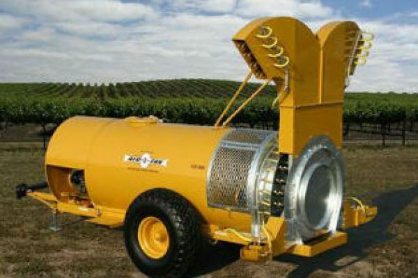 CroppedImage600400-AirOFan-VineyardSprayers.jpg
