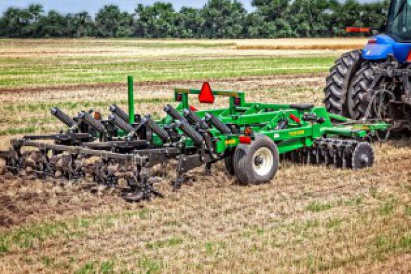 CroppedImage600400-GreatPlains-VerticalTillage.jpg