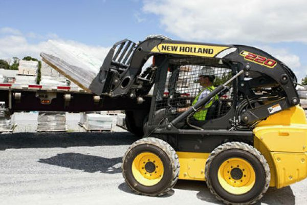 New Holland L220 » Coastal Tractor, California